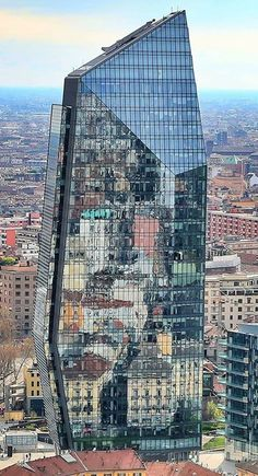 #Milano si specchia.. Foto di Andrea Cherchi #milanodavedere Milano da Vedere