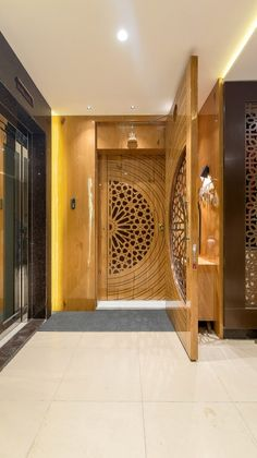 Design Greets Culture – Permar House on Inspirationde Modern Entrance Door, Main Entrance Door Design, Wooden Main Door Design, Home Entrance Decor, House Entrance, Entrance Foyer, House Main Door Design, Main Gate Design, Door Design Interior