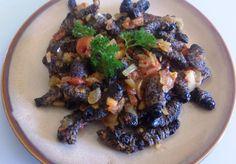 masonja Worms, Meat Recipes, Acai Bowl, Chicken, Breakfast, Empire, Food, People, Beef Recipes