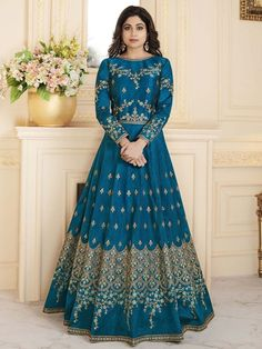 Shamita shetty sea blue partywear anarkali suit online which is crafted from silk fabric with exclusive embroidery and stone work. This stunning bollywood anarkali suit comes with santoon bottom, santoon inner and chiffon dupatta. Silk Anarkali Suits, Long Anarkali, Anarkali Dress, Lehenga Choli, Salwar Suits, Indian Lehenga, Sharara, Sabyasachi, Punjabi Suits