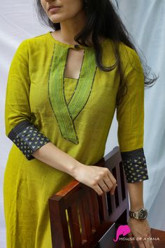 Silk Kurti Designs, Simple Kurta Designs, Salwar Neck Designs, Neck Designs For Suits, Kurta Neck Design, Neckline Designs, Sleeves Designs For Dresses, Kurta Designs Women, Kurti Designs Party Wear
