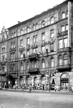 Old Pictures, Old Photos, Anno Domini, Historical Photos, Hungary, Arch, History, Building, Google
