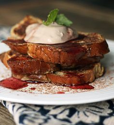 Milk Stout French Toast | 20 Delicious Foods You Never Knew You Could Make Using Beer