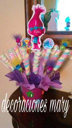 Diy Birthday Decoration Ideas Lovely Pin Od Aideet Garcia Na Troll Birthday Trolls Party, Trolls Birthday Party, 4th Birthday Parties, Birthday Balloons, 3rd Birthday, Birthday Ideas, Rainbow Party Decorations, Diy Birthday Decorations, Fete Emma