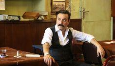 Show TV'nin Yeni Dizisi Çukur'un Kadrosuna Mustafa Üstündağ Katıldı! ➤ https://www.buzzyseries.com/show-tvnin-yeni-dizisi-cukurun-kadrosuna-mustafa-ustundag-katildi/