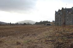 Vicino a Pitlochry. I primi castelli delle Highlands compaiono...