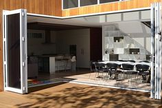 Cooks Hill Residence by Bourne Blue Architecture - MyHouseIdea Architecture Courtyard, Interior Architecture, Happy House, House 2, Bungalows, Exterior Design, Home Furnishings, Home And Family, Young Family