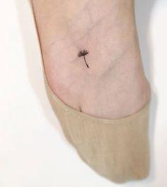 13+ Minimalist Tattoos By A Korean Artist - BoredPal