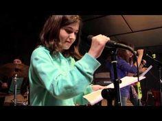 """Une vidéo pour vous faire partager l'ambiance du premier séjour de Pâques, tant sur la partie """"colonie musicale"""" que sur la partie """"colonie cinéma d'animation"""".  Toutes les informations sur la colo musique et cinéma Rock The Casbah sont sur notre site : http://toulouserock.blogspot.com/"""