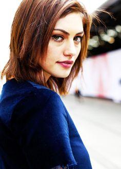 Phoebe Tonkin Short Hair