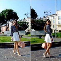 #look com bolsa baú e blusa DressLink
