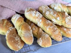 Bread Recipes, Cooking Recipes, Bread Cake, Dessert Drinks, Dough Recipe, Yummy Eats, Fabulous Foods, Food For Thought, Soul Food
