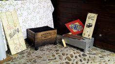 realizamos muebles, letreros Retro, revisteros, mini-caballetes a medidas para eventos, http://www.actiweb.es//tumuebleconsolajvg