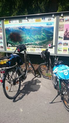 pics from the travel diary of Nadia Wood, an australian artist by bike along the Dobbiaco - Lineza cycling route