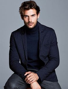 Portrait Photography Poses, Photography Poses For Men, Girl Photography, Jacey Elthalion, Mens Photoshoot Poses, Headshot Poses, Male Models Poses, Look Man, Business Portrait