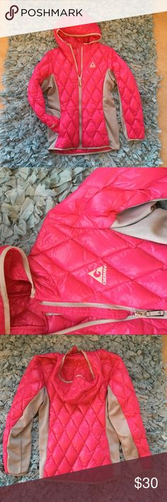 Pink RainCoat Hooded Jacket Women's Small Pink RainCoat Hooded Jacket Women's Small Jackets & Coats