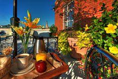 Breakfast on the Rooftop Terrace, HarbourView Inn, Charleston, SC