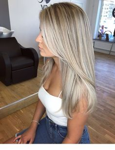Golden Blonde Balayage for Straight Hair - Honey Blonde Hair Inspiration - The Trending Hairstyle Gold Blonde Hair, Blonde Hair Looks, Honey Blonde Hair, Icy Blonde, Balayage Hair Blonde, Blonde Hair For Fall, Blonde Straight Hair, Dying Hair Blonde, Blonde Layered Hair
