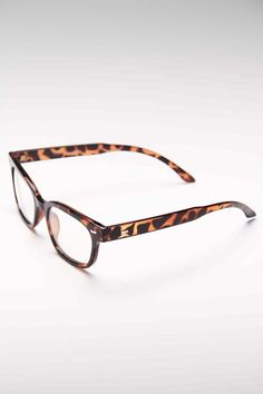 AJ Morgan - Tortoise Glasses