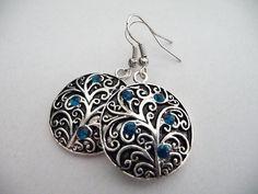 The Mina earrings by Eleganceforyou on Etsy, $12.00