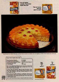 bisquick blue bonnet peach upside-down cake Retro Recipes, Old Recipes, Vintage Recipes, Cake Recipes, Dessert Recipes, Cooking Recipes, Desserts, 1950s Recipes, Family Recipes