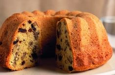Bábovky ako od babičky - Žena SME Banana Bread, Desserts, Food, Basket, Tailgate Desserts, Deserts, Essen, Postres, Meals