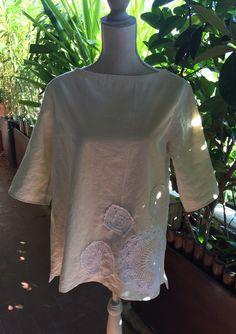 Tunique, blouse, chemisier évasé en lin & dentelle : Chemises, blouses par realisa