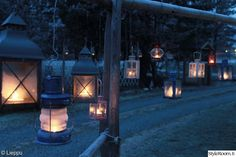 kynttilä,heinäseiväs,lyhty,piha,kynttilälyhty