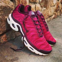"Nike Air Max Plus Premium ""Night Maroon"" Size Wmns - Price: 159 (Spain Envíos Gratis a Partir de 75) http://ift.tt/1iZuQ2v  #loversneakers#sneakerheads#sneakers#kicks#zapatillas#kicksonfire#kickstagram#sneakerfreaker#nicekicks#thesneakersbox #snkrfrkr#sneakercollector#shoeporn#igsneskercommunity#sneakernews#solecollector#wdywt#womft#sneakeraddict#kotd#smyfh#hypebeast #nikeair#huaraches #nike #nikeairmaxplus"