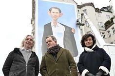 Meterhohe Kurz-Karikatur beim Naschmarkt - wien.ORF.at Politics, Fictional Characters, Actors, Poster, Fantasy Characters