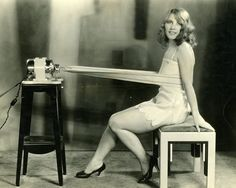 A Hollywood Studio Club Girl Tries A Weight Shaking Machine