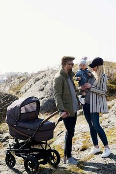 Bugaboo, Offroad, Baby Car, Outdoor, Couple Photos, Baby Things, Couples, Outfit, Sleeve