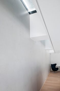 ONKEL-ERIKS-VEI-skylight by inner wall in living room