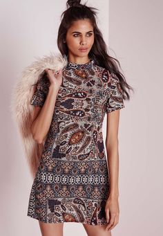 Missguided - Short Sleeve A-line Dress Chocolate Paisley