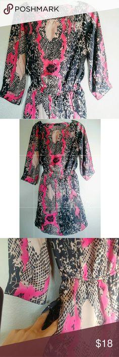 B. Smart dress three-quarter sleeve Size S In good condition Three-quarter sleeve With pockets b. smart Dresses Midi