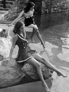 Fifties teenage girls at the pool
