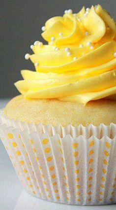 When life gives you lemon, you make…Lemon Cupcake with Lemon Buttercream! When life gives you lemon, you make…Lemon Cupcake with Lemon Buttercream! Lemon Cupcakes, Yummy Cupcakes, Yellow Cupcakes, Mini Cakes, Cupcake Cakes, Bundt Cakes, Cupcake Recipes, Dessert Recipes, Lemon Buttercream Frosting