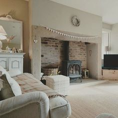 woodburner in stone inglenook style fireplace Cottage Living Rooms, Cottage Interiors, My Living Room, Home And Living, Living Room Decor, Shabby Chic Living Room, Style At Home, Inglenook Fireplace, Fireplace Hearth