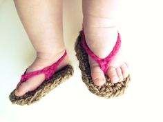 Crochet baby shoes-Flip Flops---CHOOSE YOUR COLOR-- Baby Sandals--Boy or Girl-- 0-3 months, 3-6 months, 6-12 months