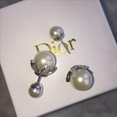Dior woman earrings