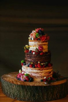 I like this little rustic naked cake. The jewel tones are something you don't see all the time on the naked cakes. Bolos Naked Cake, Naked Cakes, Pretty Cakes, Beautiful Cakes, Amazing Cakes, Kreative Desserts, Handmade Wedding Favours, Wedding Favors, Personalized Wedding