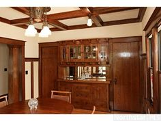 1913 Bungalow dining room built in buffet- Minneapolis, MN Bungalow Dining Room, Craftsman Dining Room, Craftsman Decor, Craftsman Cottage, Craftsman Homes, Craftsman Style, Mission Style Homes, Built In Buffet, Dining Room Buffet