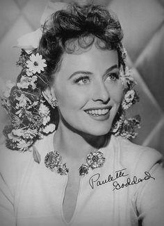 Pauline Marion Goddard Levy - Paulette Goddard birth of June death Golden Age Of Hollywood, Vintage Hollywood, Hollywood Glamour, Hollywood Stars, Hollywood Actresses, Classic Hollywood, Hollywood Icons, Paulette Goddard, Classic Actresses