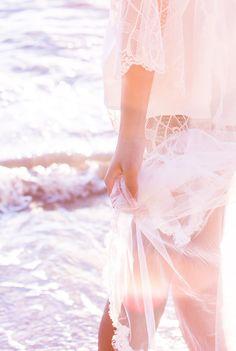 Photography: Reverie Supply  - reveriesupply.com/  Read More: http://www.stylemepretty.com/little-black-book-blog/2014/10/27/romantic-fall-seaside-wedding-inspiration/