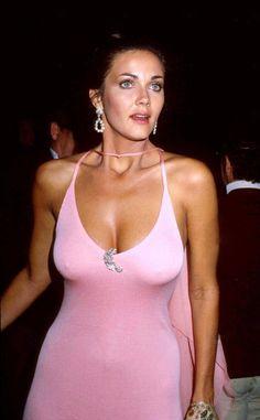 Lynda Carter ♥ ♥ ♥ AKA Linda Jean Cordoba Carter Born: 24-Jul-1951 Birthplace: Phoenix, AZ Linda Carter ♥ ♥ ♥ Wonder Woman! A full figure with true beauty.