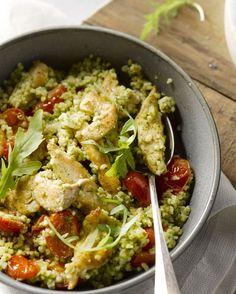Een heerlijk en snel gerecht met zelfgemaakte pesto, want dat smaakt zoveel beter dan uit een potje!