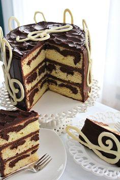 SugaryWinzy G Clef Birthday Cake Chocolate Marble Cake, Melting White Chocolate, Round Cake Pans, Round Cakes, 3 Layer Cakes, Novelty Cakes, Cake Recipes, Dessert Recipes, Cake Designs