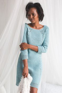 Crochet Blouse Interweave Crochet Winter 2018 Digital Edition - Enjoy the Winter 2018 issue of Interweave Crochet and find cozy patterns to relax in. Crochet Winter Dresses, Crochet Bodycon Dresses, Black Crochet Dress, Crochet Blouse, Crochet Clothes, Diy Clothes, Dress Winter, Moda Crochet, Pull Crochet
