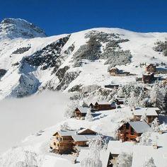 En direct du #blog #Belambra : Partez à la découverte de #Venosc petit village de #montagne situé dans lOisans à quelques minutes de la station de #ski des 2 Alpes et aux portes du #parc national des Écrins. #vacances #hiver #igersFrance #France {bit.l