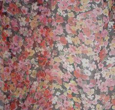 soie fleurs Crinkles, Painting, Art, Poplin, Black Backgrounds, Printed Cotton, Silk, Sewing, Fabrics